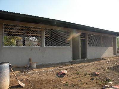 SchoolBOX – May 2014 – Construction Update at Brett #3 School